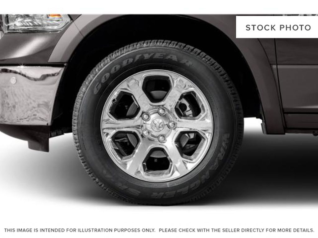 White[Bright White] 2018 Ram 1500 Left Front Rim and Tire Photo in Fort Macleod AB