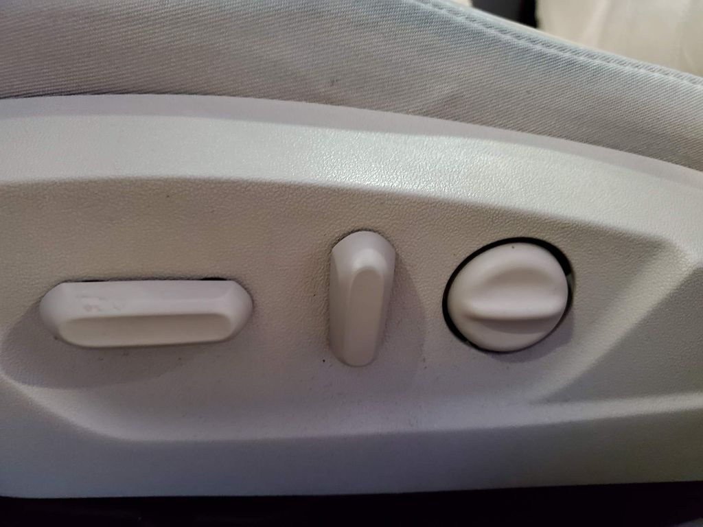 2015 Buick Regal Driver's Side Door Controls Photo in Airdrie AB