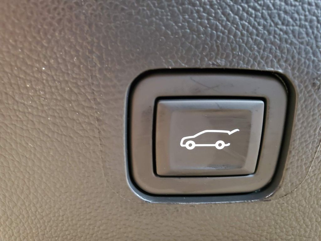 Black 2021 Chevrolet Traverse Passenger Rear Door Controls Photo in Airdrie AB