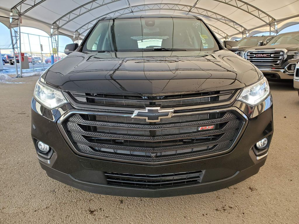 Black 2021 Chevrolet Traverse Left Front Corner Photo in Airdrie AB