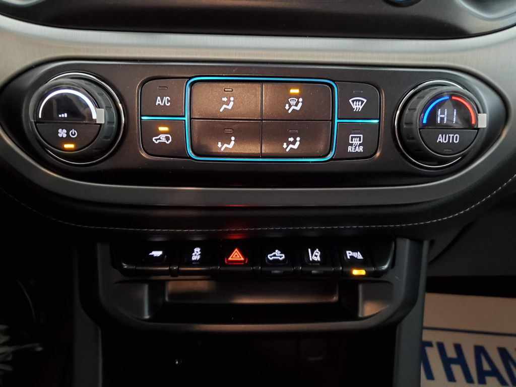Black 2021 GMC Canyon LR Door Panel Ctls Photo in Airdrie AB
