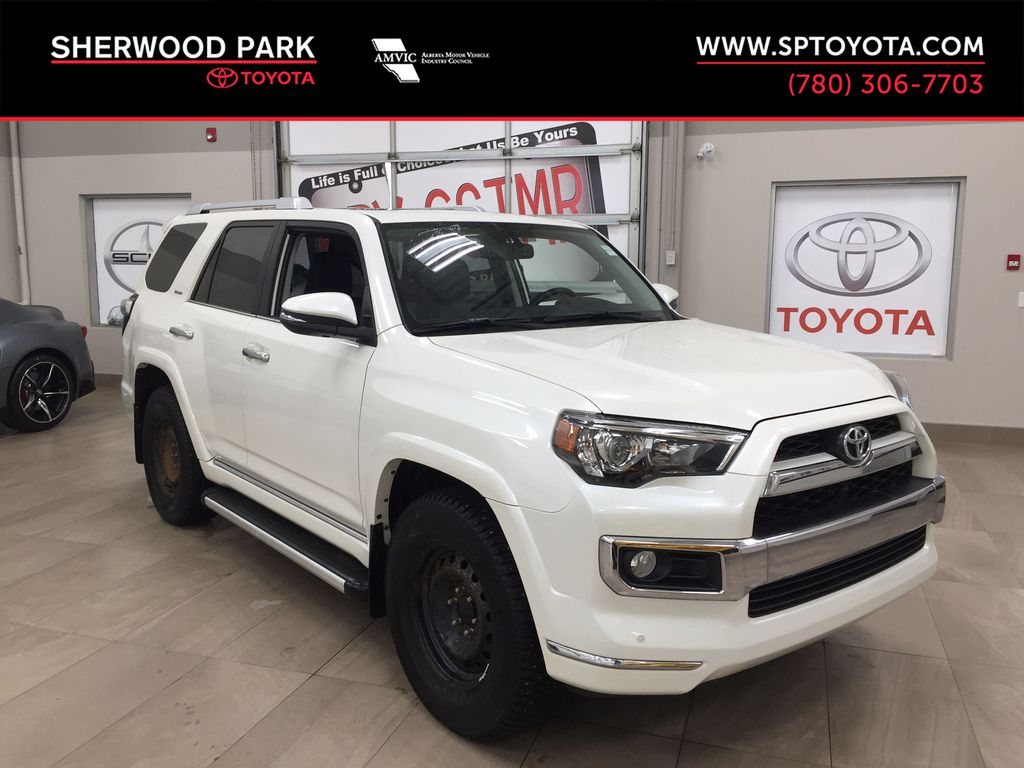 White[Alpine White] 2018 Toyota 4Runner LIMITED - 7 PASSENGER