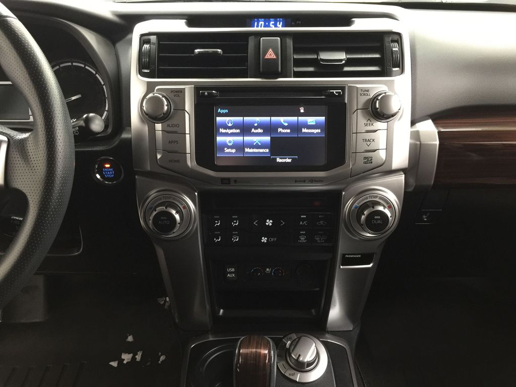 White[Alpine White] 2018 Toyota 4Runner LIMITED - 7 PASSENGER Central Dash Options Photo in Sherwood Park AB