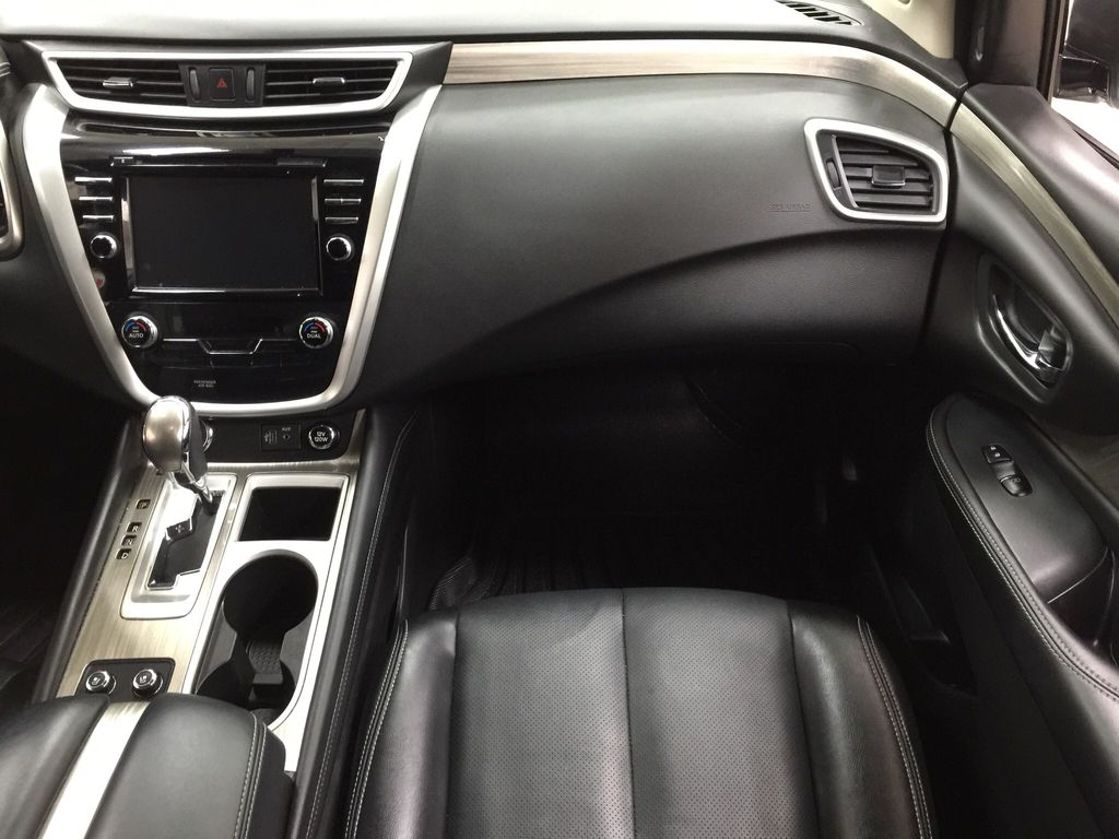White[Pearl White] 2018 Nissan Murano PLATINUM / NO ACCIDENTS Right Front Seat Photo in Sherwood Park AB