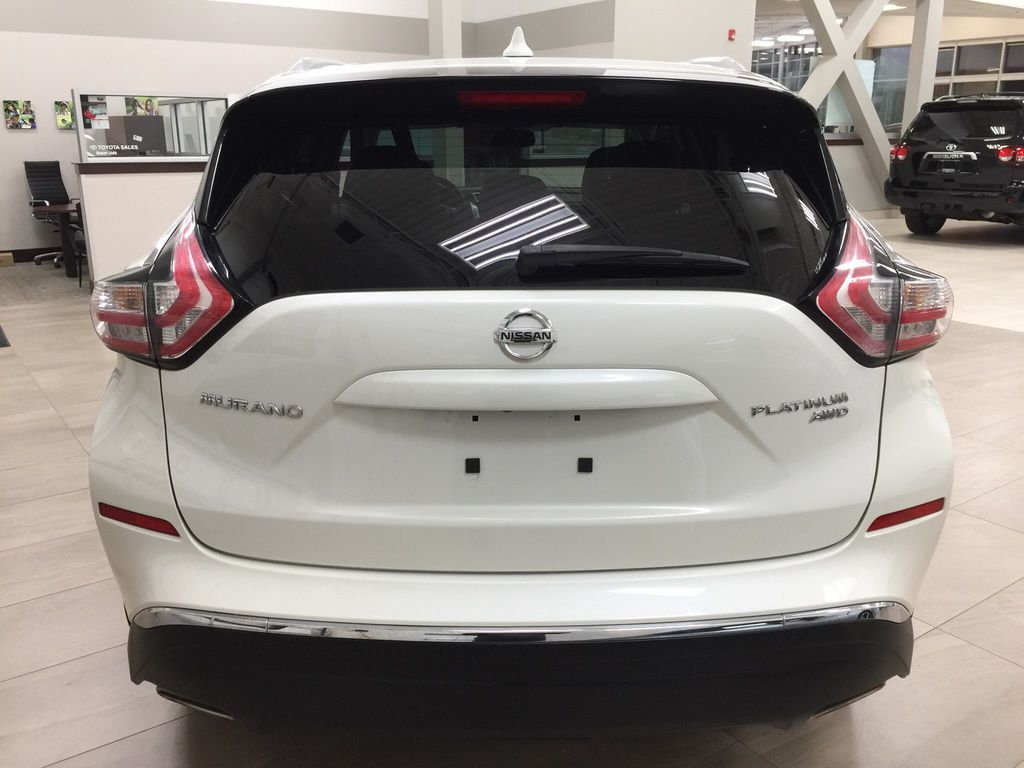 White[Pearl White] 2018 Nissan Murano PLATINUM / NO ACCIDENTS Rear of Vehicle Photo in Sherwood Park AB