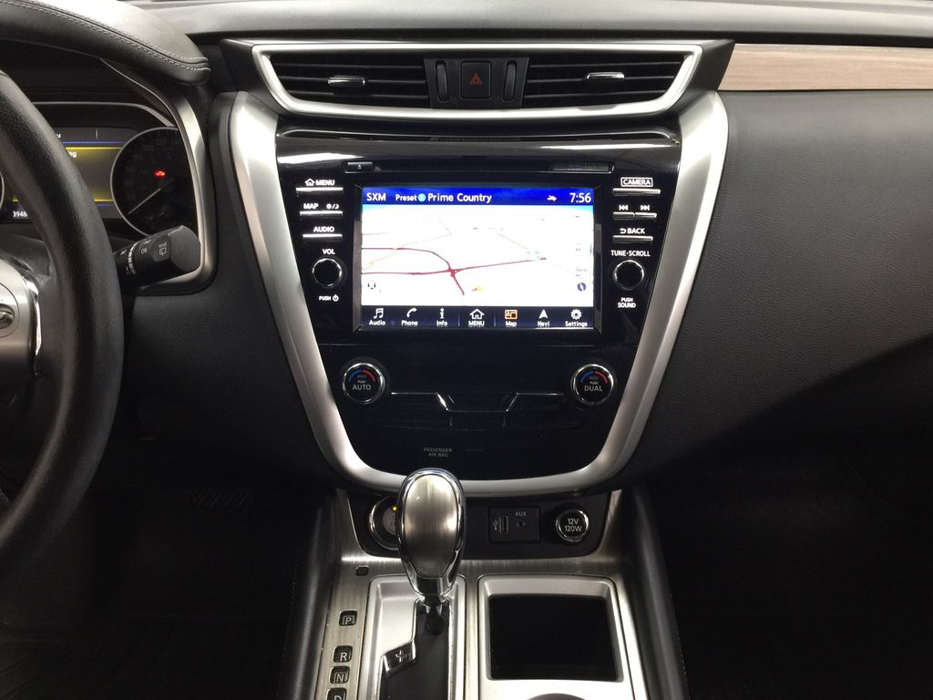 White[Pearl White] 2018 Nissan Murano PLATINUM / NO ACCIDENTS Central Dash Options Photo in Sherwood Park AB