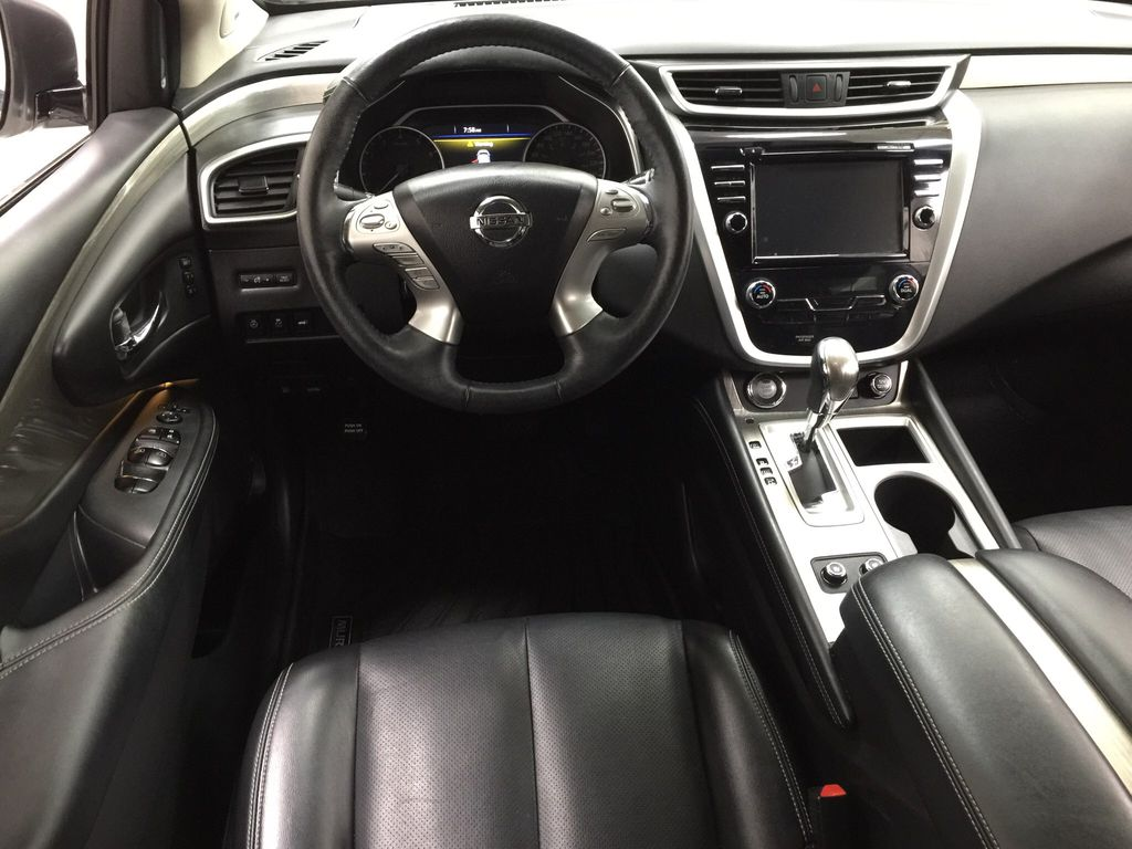 White[Pearl White] 2018 Nissan Murano PLATINUM / NO ACCIDENTS Left Front Seat Photo in Sherwood Park AB