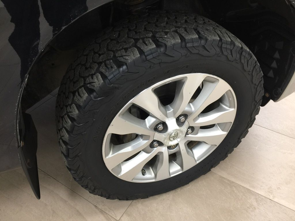Black[Black] 2013 Toyota Tundra Platinum Right Front Rim and Tire Photo in Sherwood Park AB