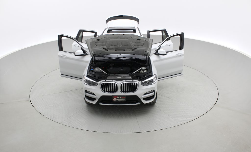 White[Alpine White] 2018 BMW X3 xDrive30i - Leather, Panoramic Roof, Navigation Front Vehicle Photo in Winnipeg MB