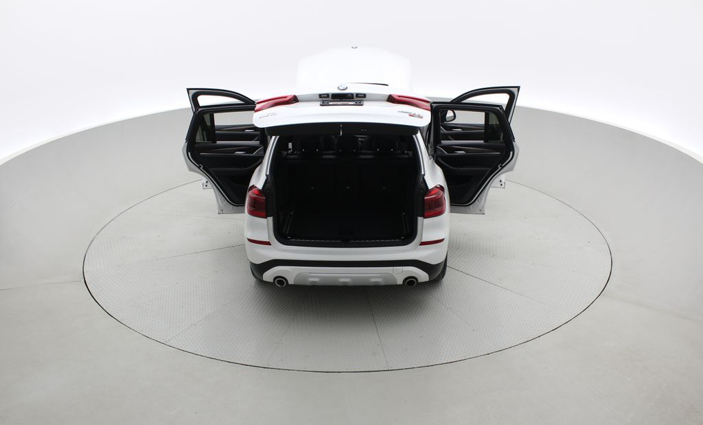 White[Alpine White] 2018 BMW X3 xDrive30i - Leather, Panoramic Roof, Navigation Rear of Vehicle Photo in Winnipeg MB