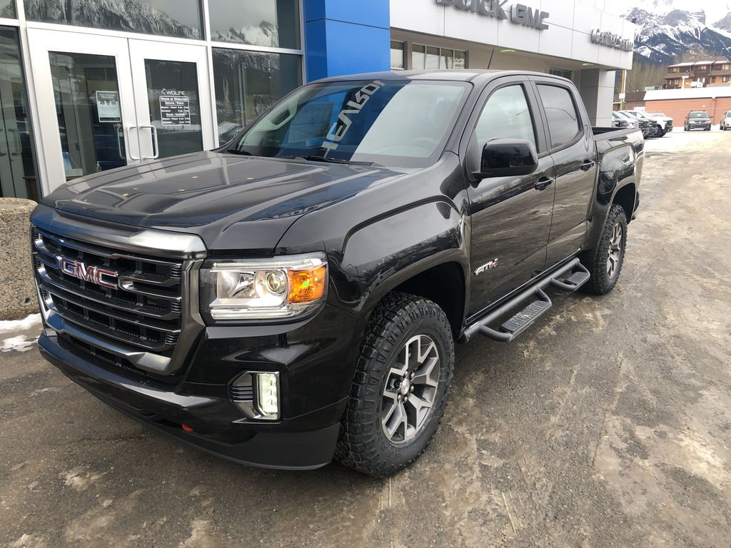 Black[Onyx Black] 2021 GMC Canyon AT4 Left Front Corner Photo in Canmore AB