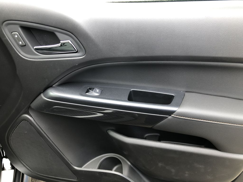 Black[Onyx Black] 2021 GMC Canyon AT4 Right Front Interior Door Panel Photo in Canmore AB
