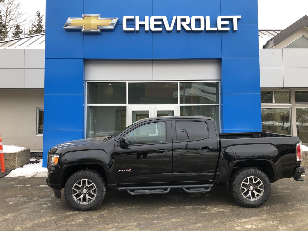 Black[Onyx Black] 2021 GMC Canyon AT4 Left Side Photo in Canmore AB