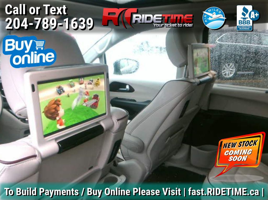 Black[Brilliant Black Crystal Pearl] 2018 Chrysler Pacifica Limited - Uconnect Theatre with Streaming Group TV / Special Photo in Winnipeg MB