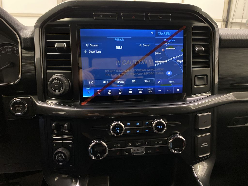 Black[Agate Black Metallic] 2021 Ford F-150 Central Dash Options Photo in Dartmouth NS