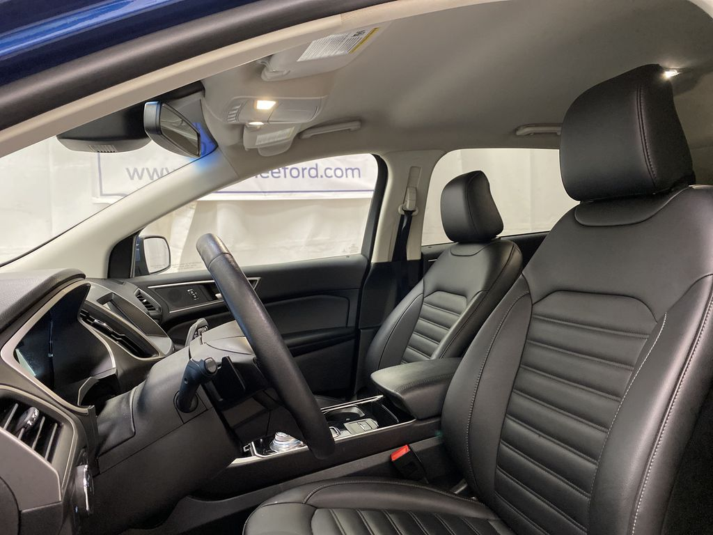 Blue[Atlas Blue Metallic] 2020 Ford Edge Left Front Interior Photo in Dartmouth NS