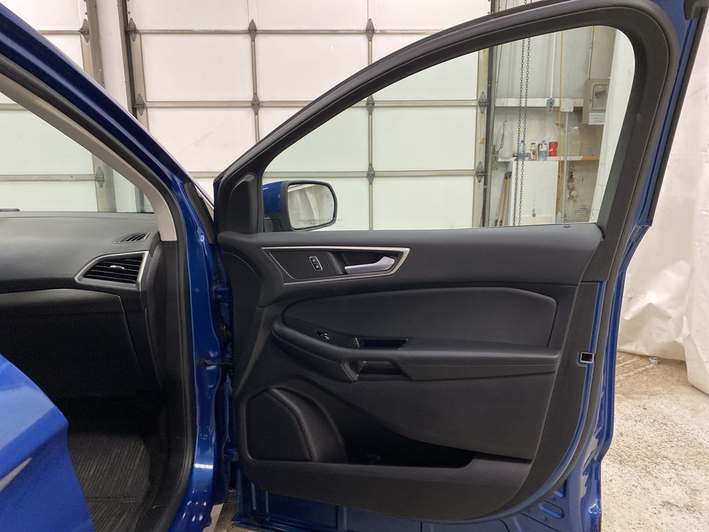 Blue[Atlas Blue Metallic] 2020 Ford Edge Right Front Interior Door Panel Photo in Dartmouth NS