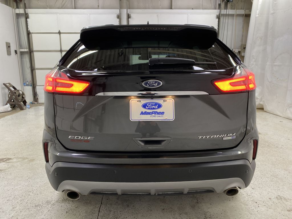Silver[Iconic Silver Metallic] 2020 Ford Edge Rear of Vehicle Photo in Dartmouth NS