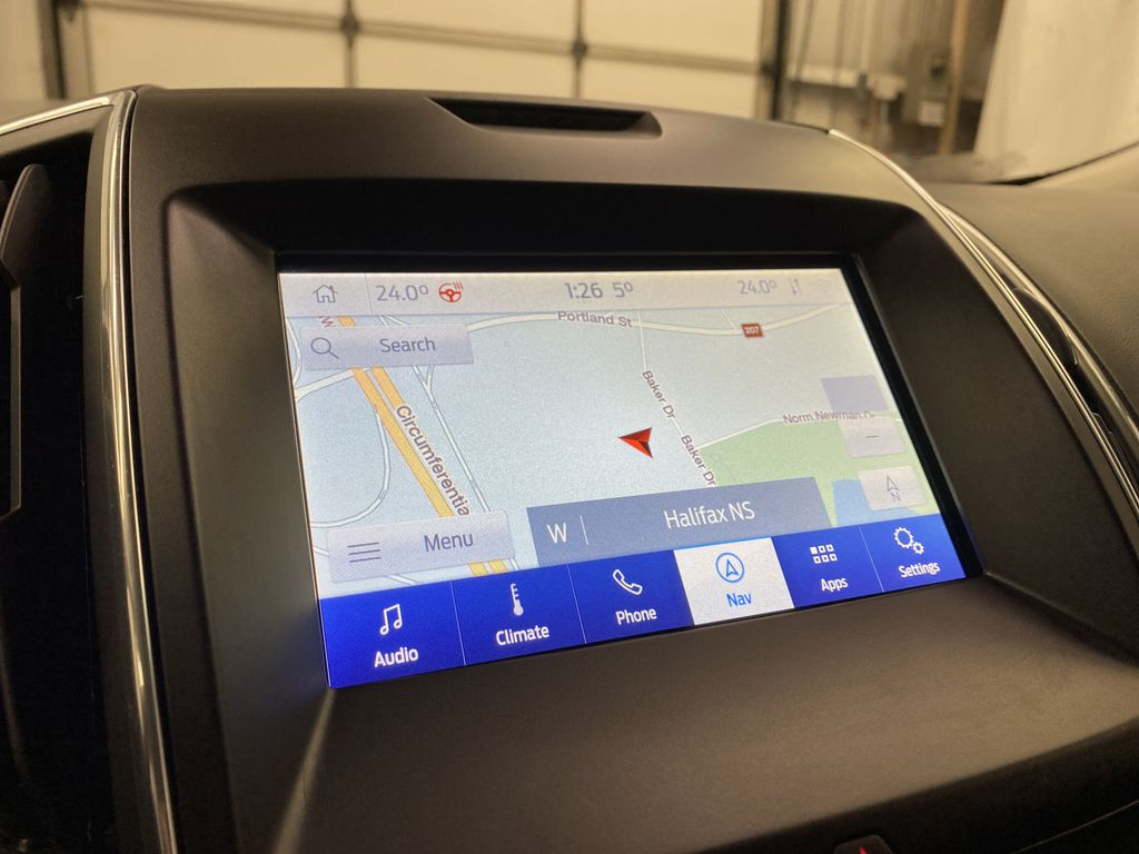 Silver[Iconic Silver Metallic] 2020 Ford Edge Navigation Screen Closeup Photo in Dartmouth NS