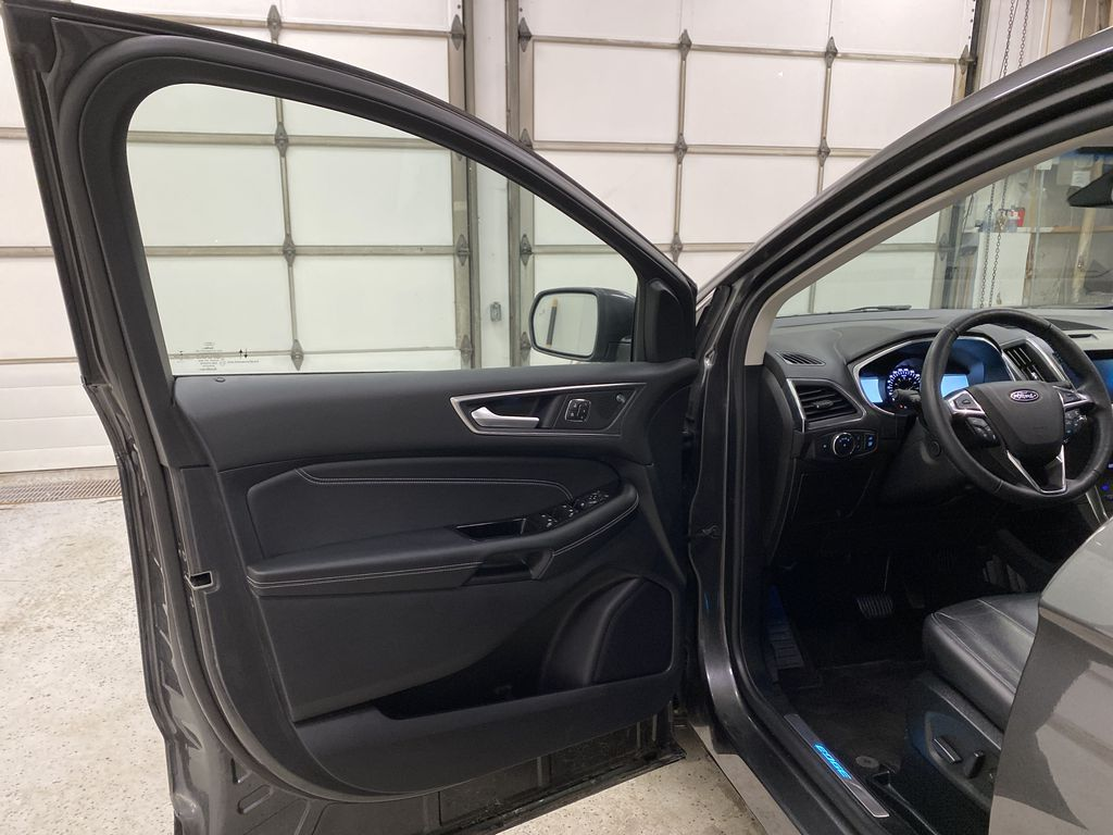 Silver[Iconic Silver Metallic] 2020 Ford Edge Left Front Interior Door Panel Photo in Dartmouth NS