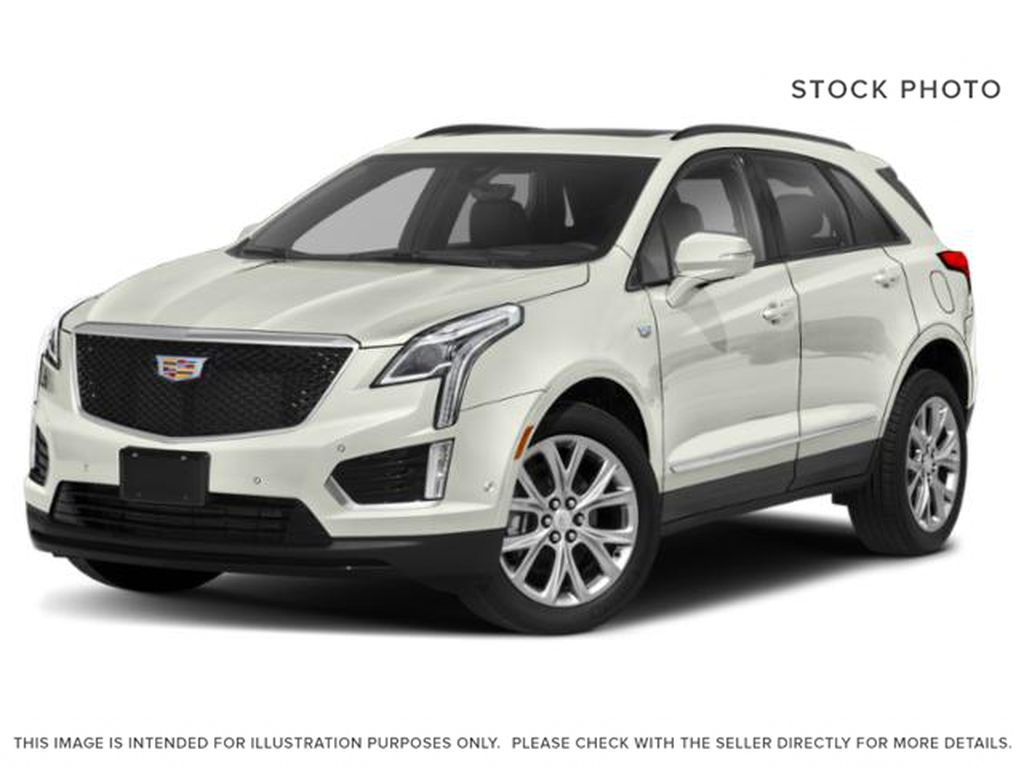 White[Crystal White Tricoat] 2021 Cadillac XT5
