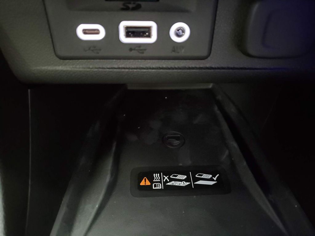 Black 2021 Buick Encore GX Odometer Photo in Airdrie AB
