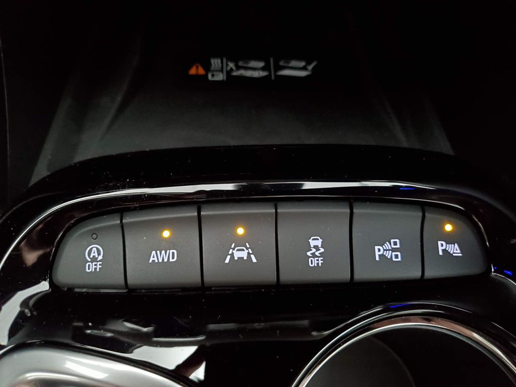 Black 2021 Buick Encore GX Steering Wheel and Dash Photo in Airdrie AB