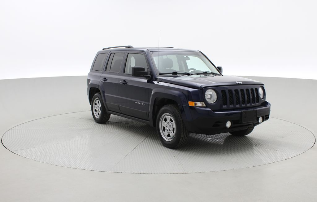 Blue[True Blue Pearlcoat] 2014 Jeep Patriot North - Alloy Wheels, AUTO, ALL CREDIT APPROVED Left Front Corner Photo in Winnipeg MB