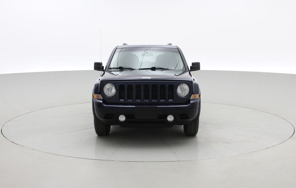 Blue[True Blue Pearlcoat] 2014 Jeep Patriot North - Alloy Wheels, AUTO, ALL CREDIT APPROVED Front Vehicle Photo in Winnipeg MB
