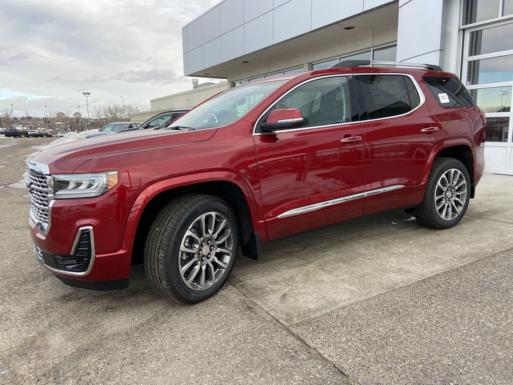 Red[Cayenne Red Tintcoat] 2021 GMC Acadia Denali Left Front Corner Photo in Calgary AB