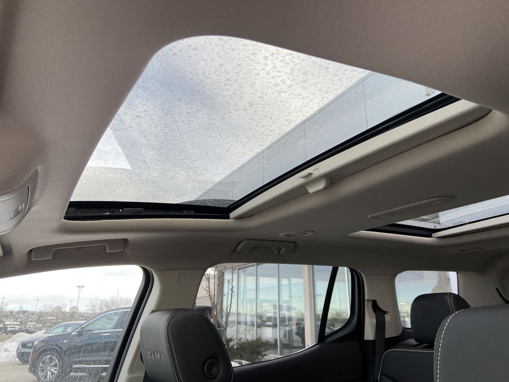 Red[Cayenne Red Tintcoat] 2021 GMC Acadia Denali Sunroof Photo in Calgary AB