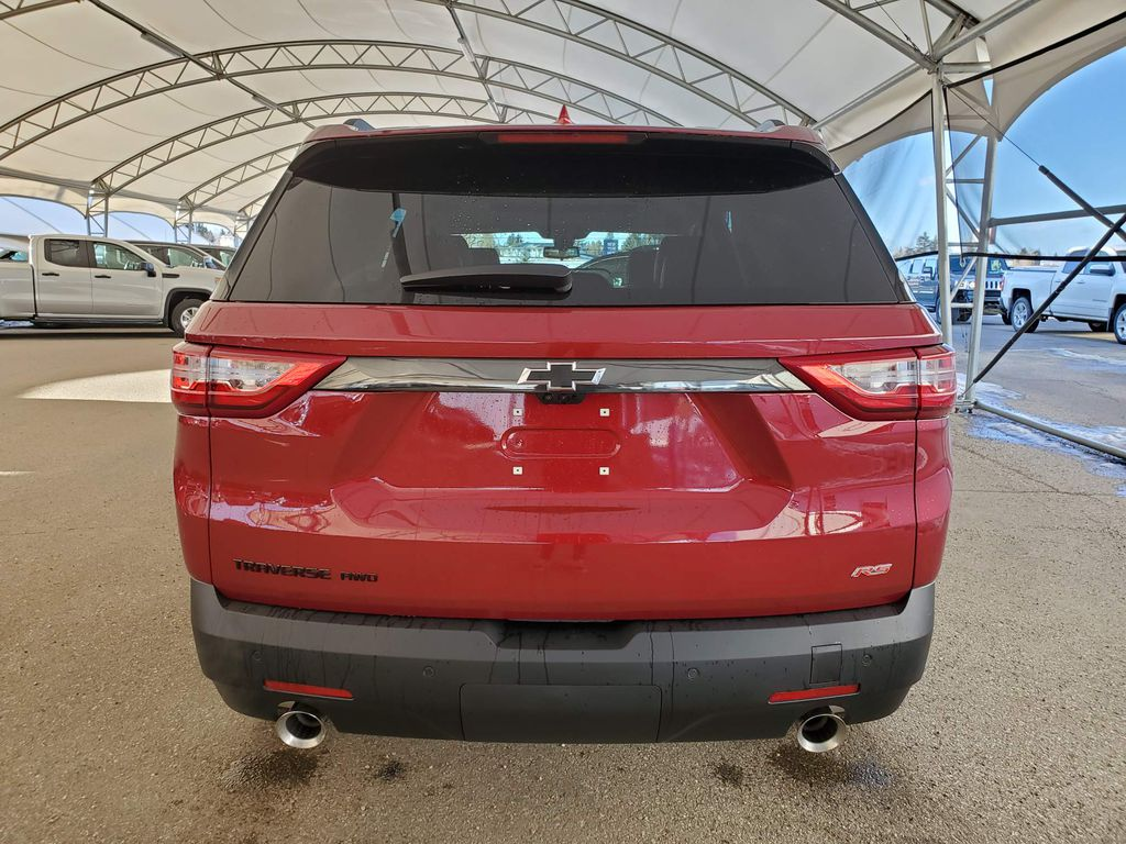 Red 2021 Chevrolet Traverse Right Rear Corner Photo in Airdrie AB