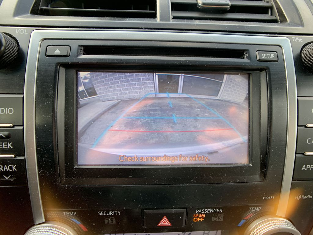 Silver 2014 Toyota Camry Hybrid Navigation Screen Closeup Photo in Brampton ON
