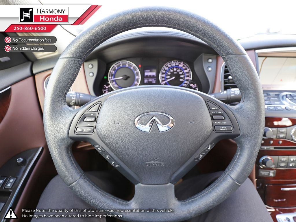 Black - Black Obsidian 2015 INFINITI QX50 Technology Package Right Front Corner Photo in Kelowna BC