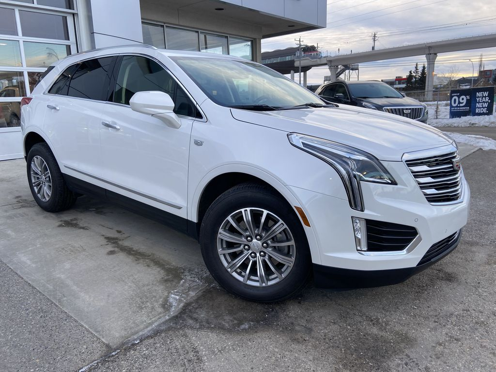 White[Crystal White Tricoat] 2019 Cadillac XT5 Luxury