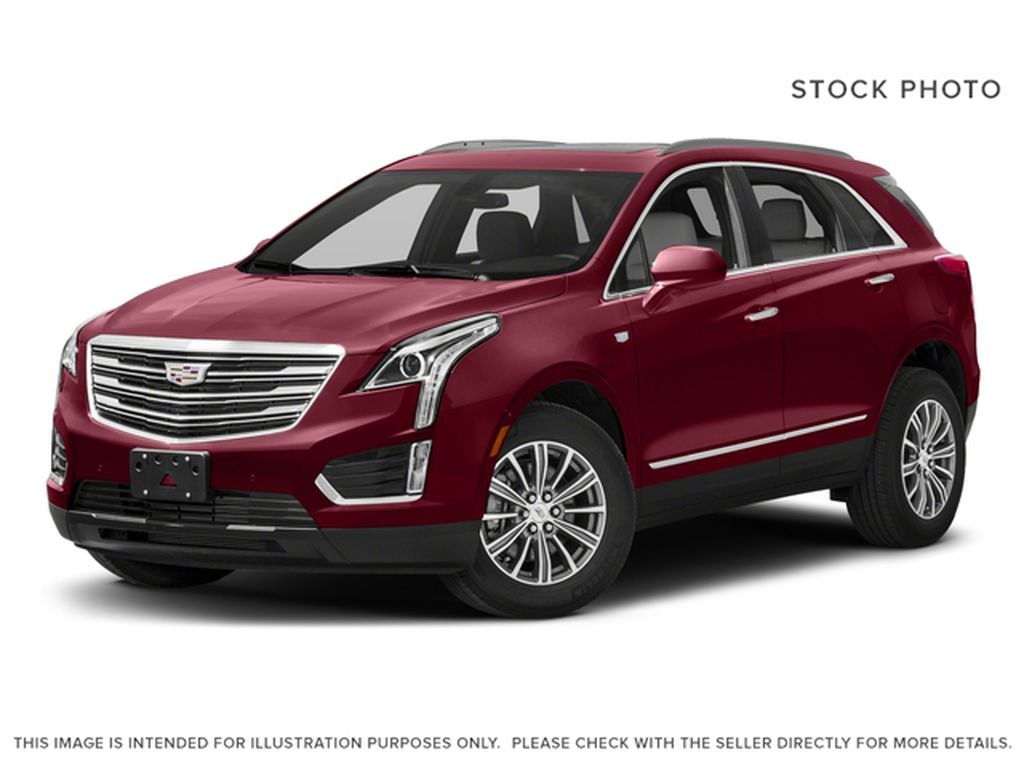 White[Crystal White Tricoat] 2018 Cadillac XT5 Luxury