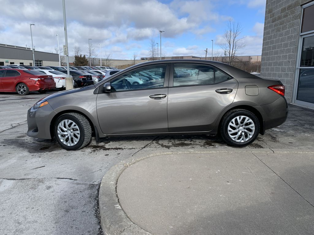 Brown 2018 Toyota Corolla Left Front Rim and Tire Photo in Brampton ON
