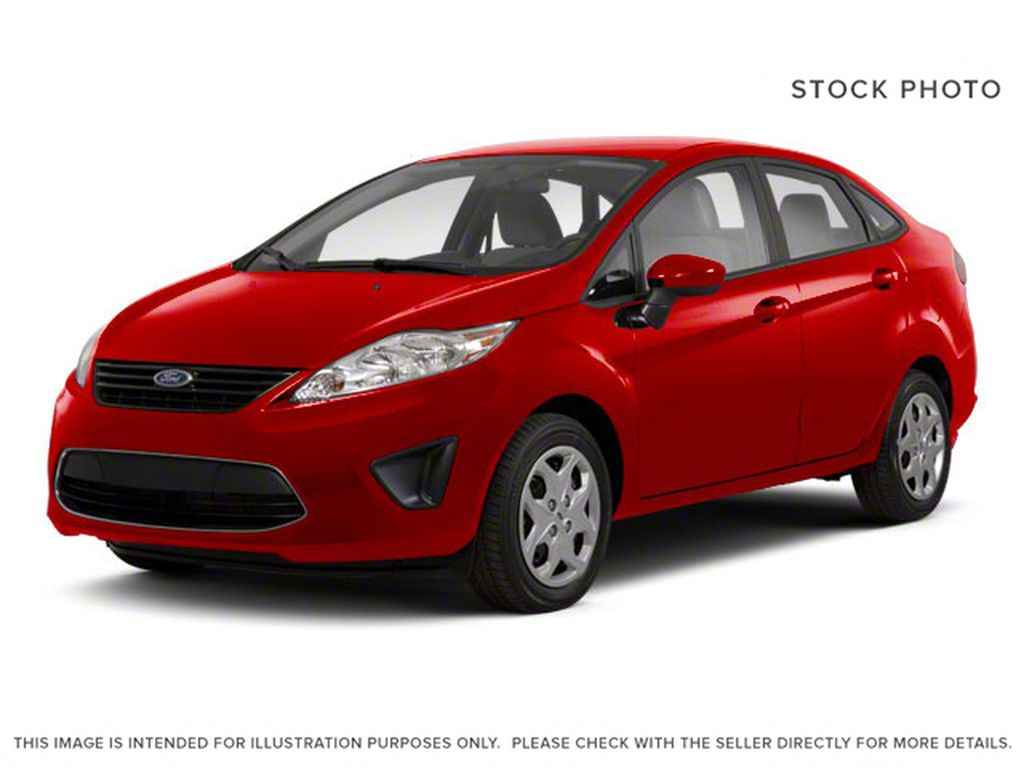 Red[Race Red] 2013 Ford Fiesta SE
