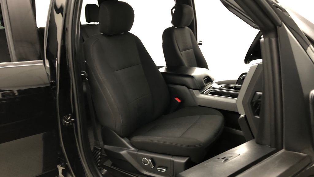 Black[Shadow Black] 2018 Ford F-150 XLT 4WD - Sport Package, 5.0L V8, Backup Camera Right Side Front Seat  Photo in Winnipeg MB