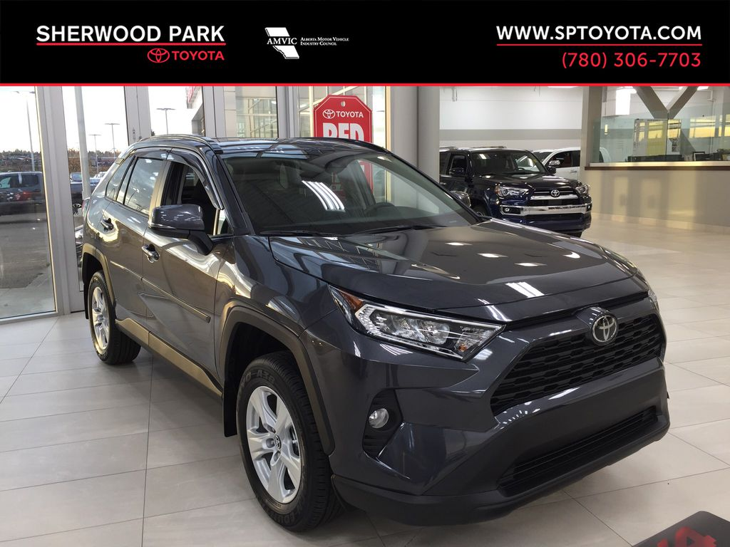 Gray[Magnetic Grey Metallic] 2021 Toyota RAV4 XLE AWD