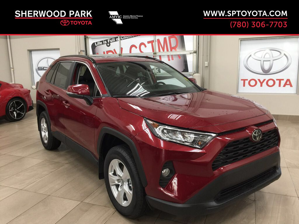 Red[Ruby Flare Pearl] 2021 Toyota RAV4 XLE FWD