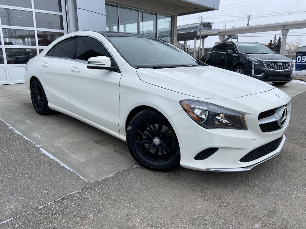 White[Calcite White] 2017 Mercedes-Benz CLA 250