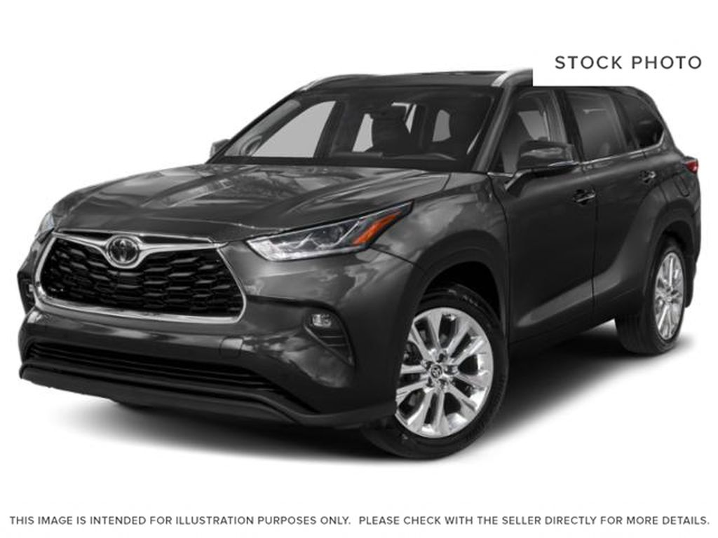 Black[Midnight Black Metallic] 2021 Toyota Highlander