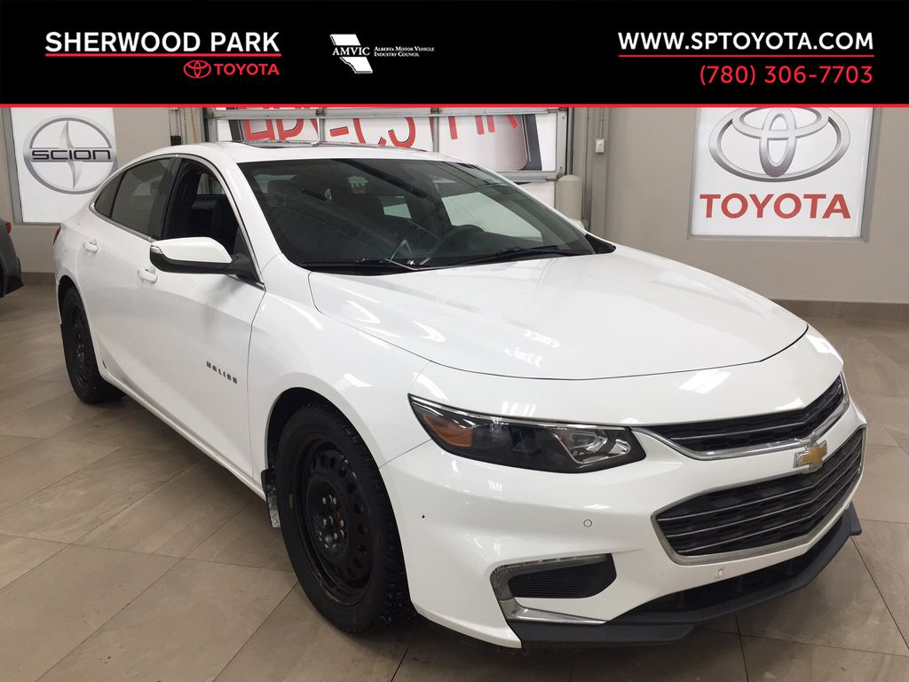 White[Summit White] 2017 Chevrolet Malibu