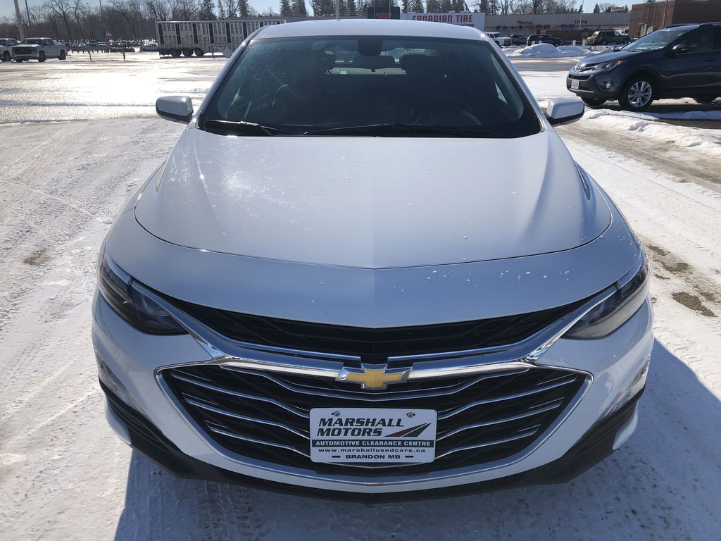 White 2019 Chevrolet Malibu 4dr Sdn LT w/1LT *Heated Seats*Remote Start*Back-Up Cam* Front Vehicle Photo in Brandon MB