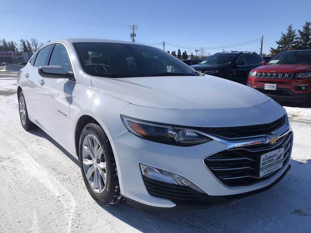 White 2019 Chevrolet Malibu 4dr Sdn LT w/1LT *Heated Seats*Remote Start*Back-Up Cam* Right Front Corner Photo in Brandon MB