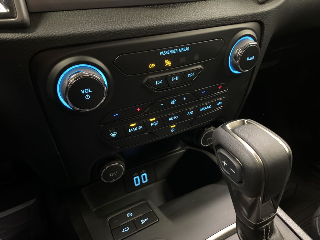 Red[Race Red] 2021 Ford Ranger Central Dash Options Photo in Dartmouth NS