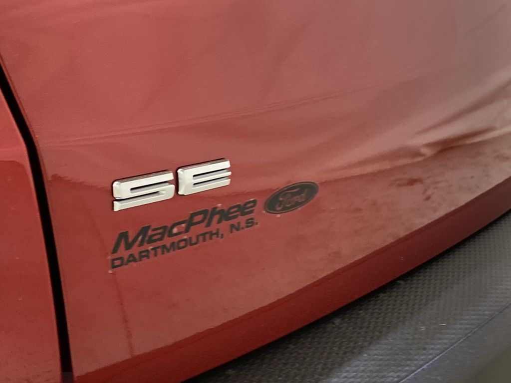 Red[Rapid Red Metallic Tinted Clearcoat] 2021 Ford Escape Trim Specific Photo in Dartmouth NS