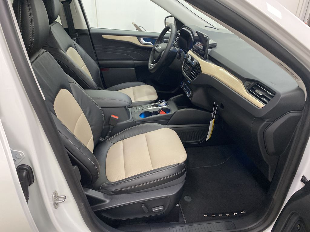White[Star White Metallic Tri-Coat] 2021 Ford Escape Right Side Front Seat  Photo in Dartmouth NS