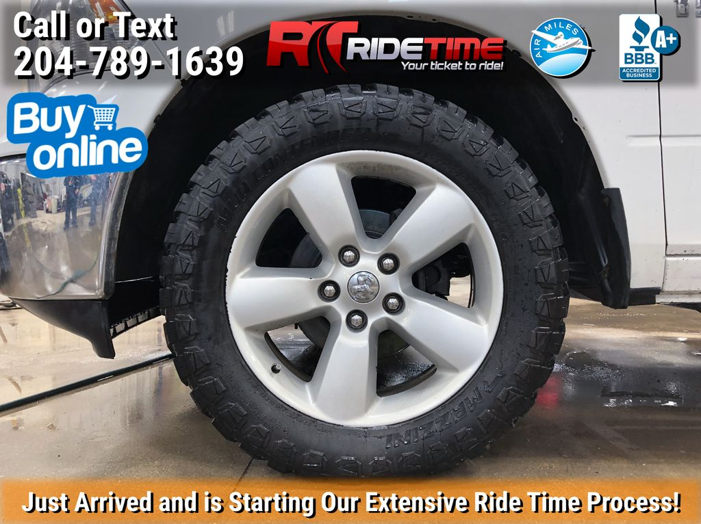 White[Bright White] 2017 Ram 1500 Left Front Rim and Tire Photo in Winnipeg MB